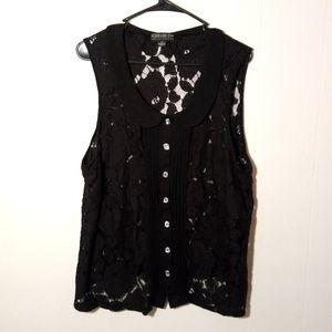 Flowy Lace Collared Rhinestone Button Tank Top
